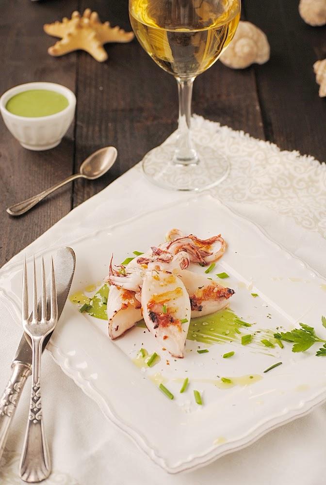 Cocinando con neus calamarcitos a la plancha con mahonesa for Cocinando 1000 huevos