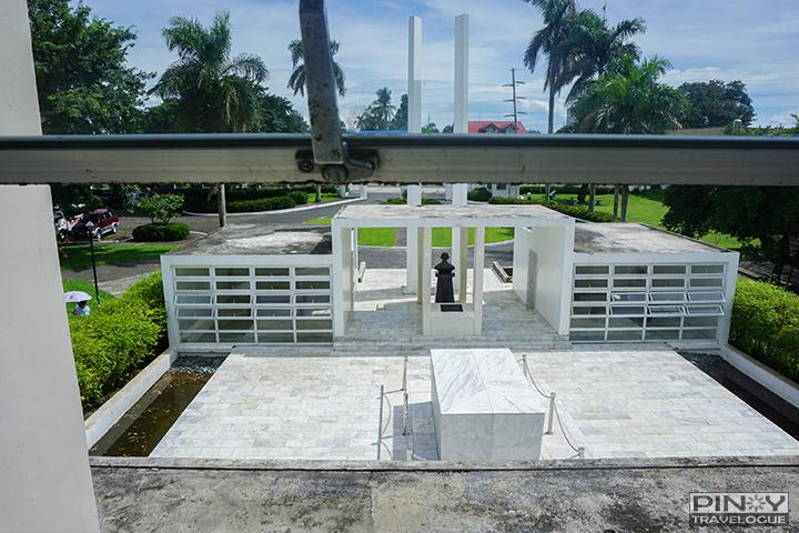 Mabini's remains lies in repose at Mabini Shrine, Batangas