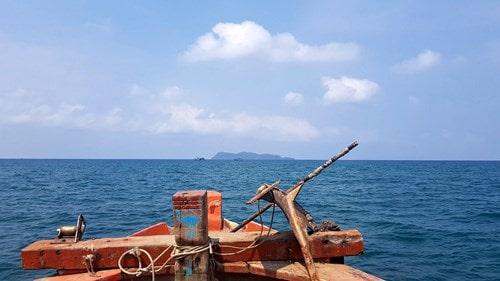 Đảo Hòn Chuối trước ngày chuyển gió -1