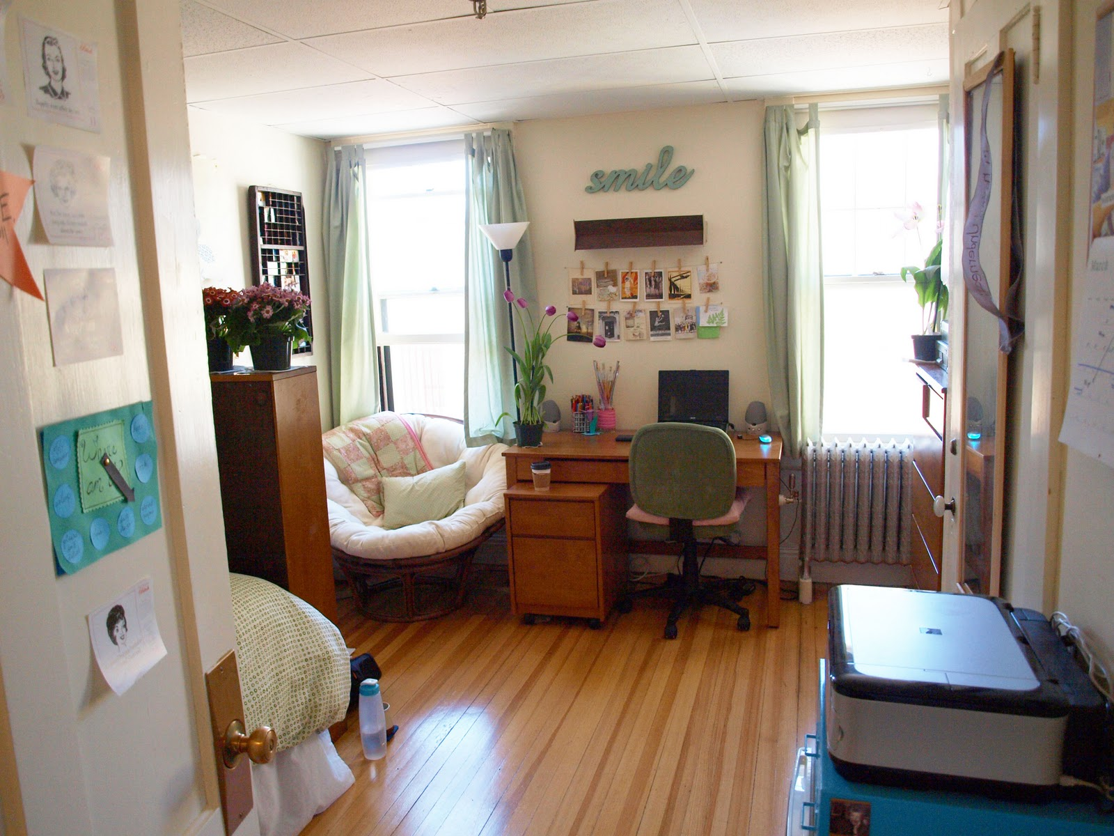 Dorm Room: Anna's Lovely & Thrifty Room