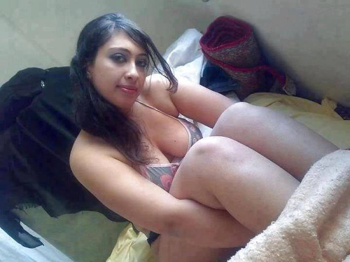 Pretty asian girls fucking