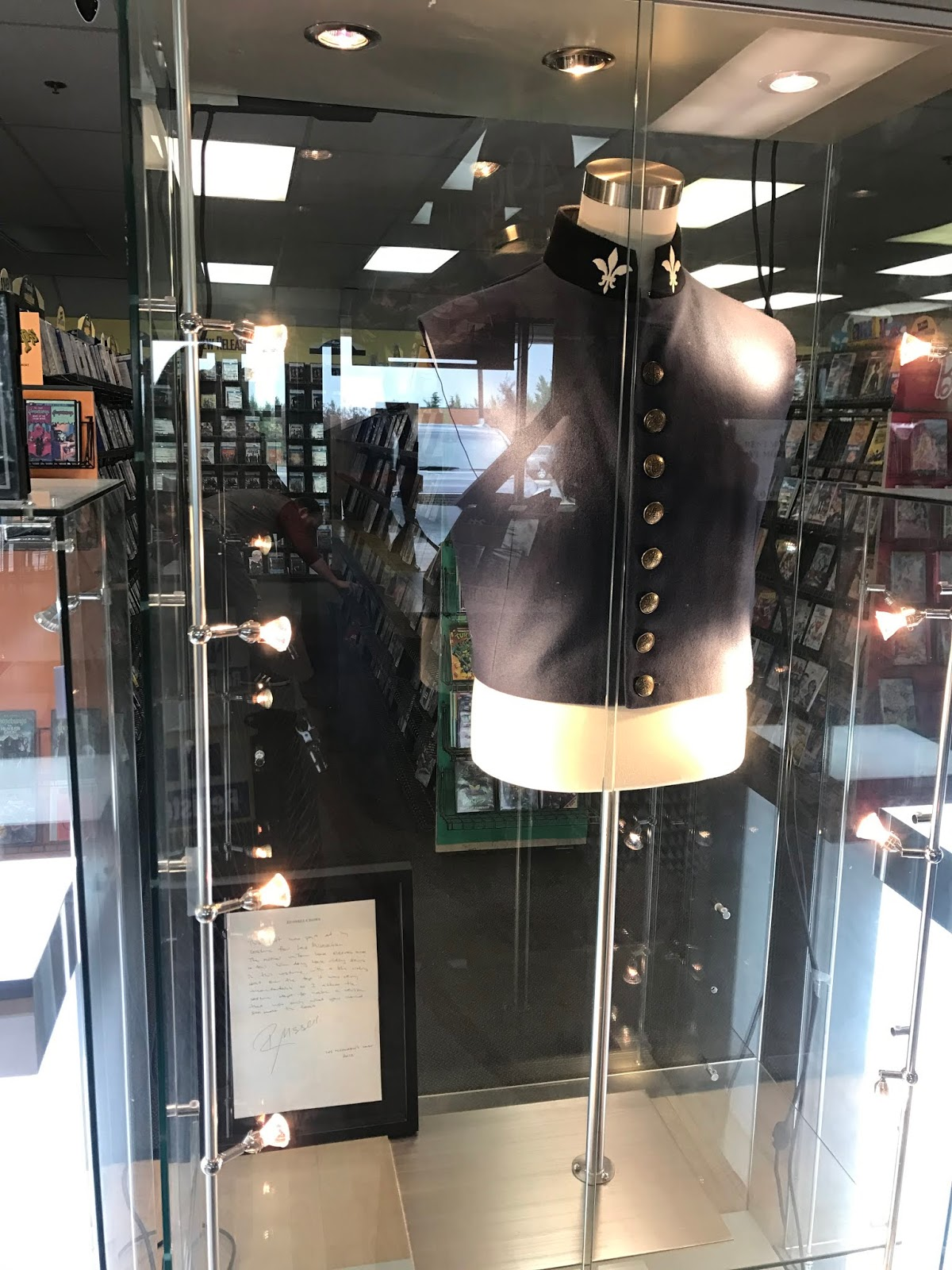 unfortunately the day after our visit the store announced that it would be closing next week temporarily and only reopening to have a liquidation sale