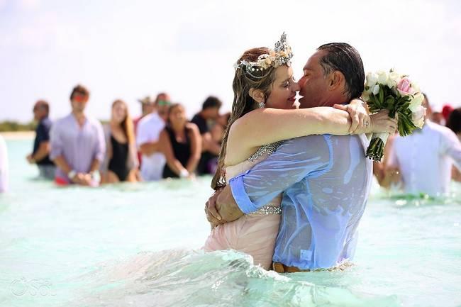 incrivel casamento realizado no mar no caribe 06 - Um casamento no meio do mar. Diferente de tudo que você já viu.