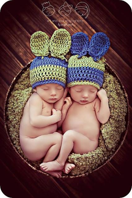 40 Inspirações para fotografar gêmeos na páscoa