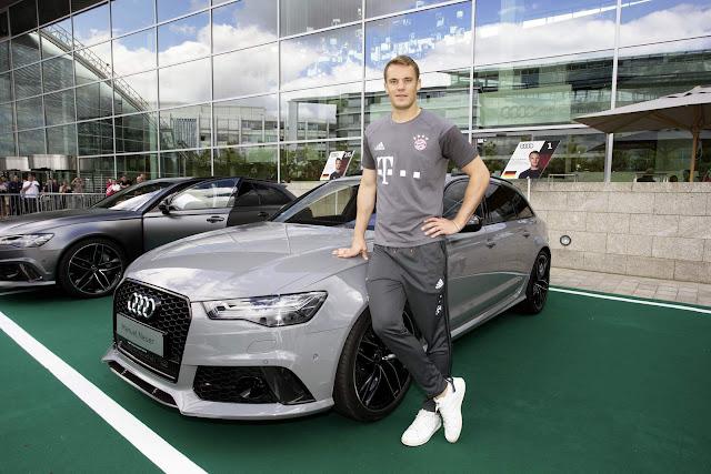 Manuel Neuer - Audi RS6 Avant