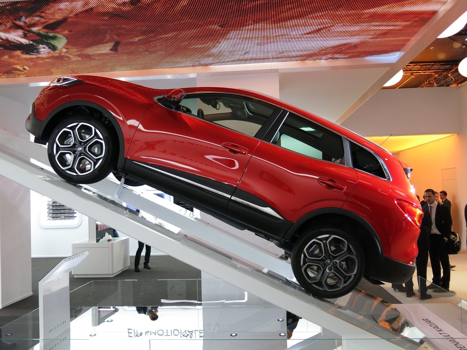 Renault%2BKadjar Σήμερα στην αυτοκίνηση ο Cambiasso θα δει από κοντά το νέο Renault Kadjar