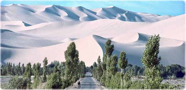 Resultado de imagem para deserto de gobi china