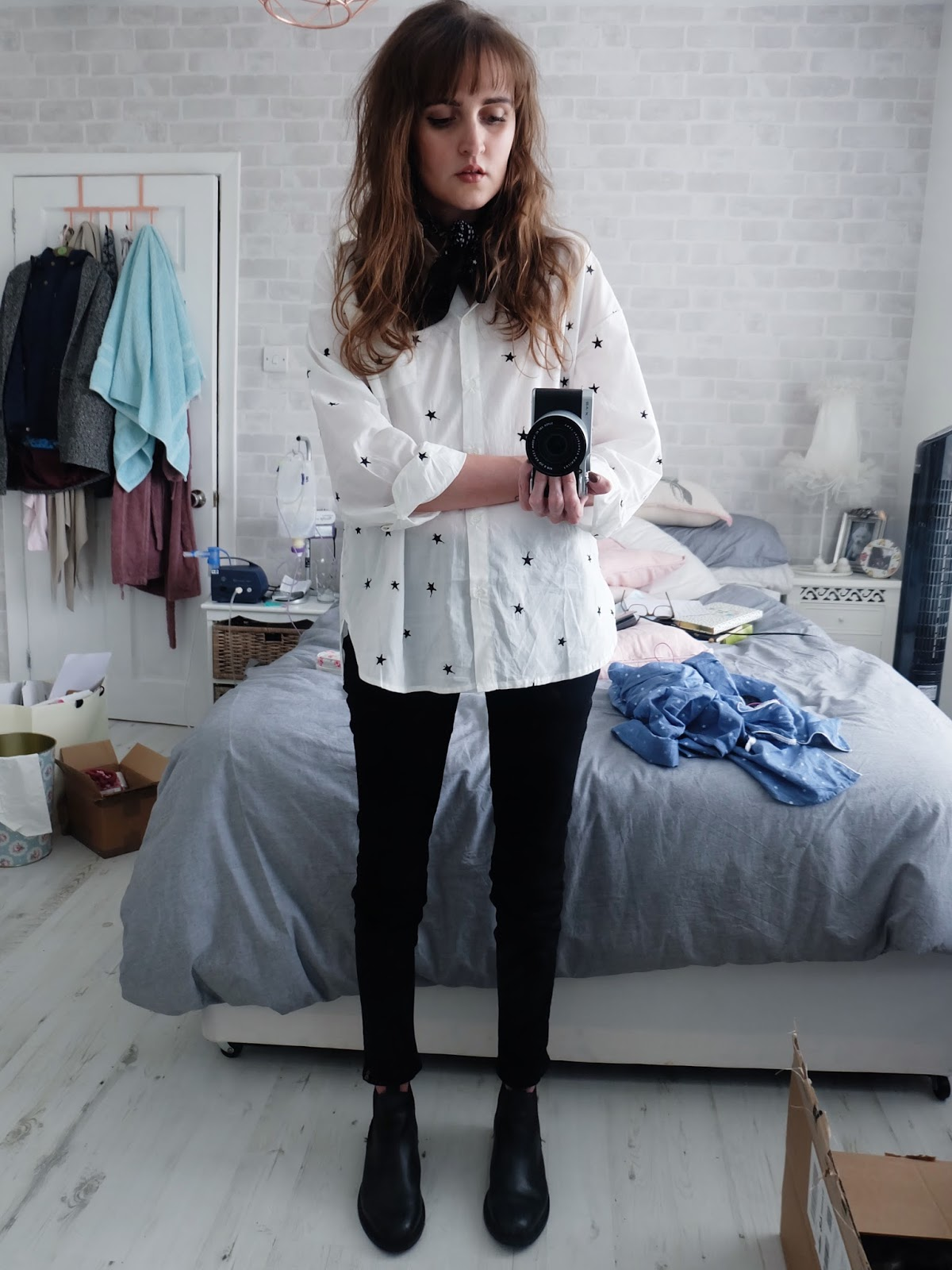 mango embroidered star shirt, uniqlo trench coat, j brand verity jeans, topshop chelsea boots, h&m fedora, mulberry bayswater bag, asos star and paisley bandana neckerchief,