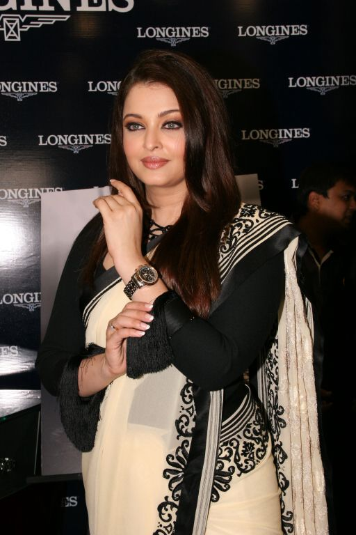 Aishwarya Rai Got Captured During An Event