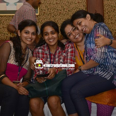 Mallu actress Mythili and ananya hot pictures from amma mega stage show