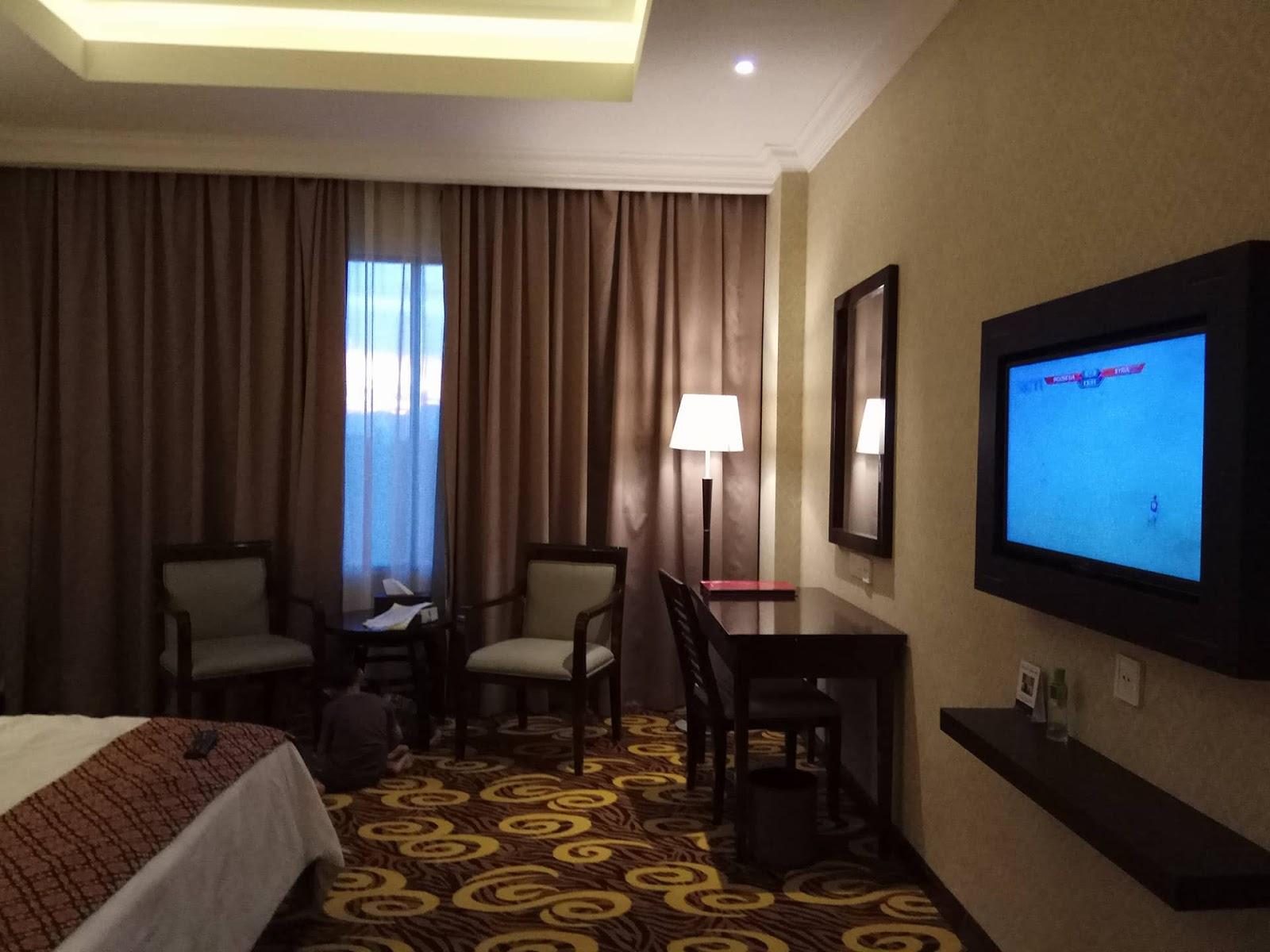 Www Khairiah Com Nginap Di Hotel Hermes Palace Banda Aceh Bersama Anak Anak
