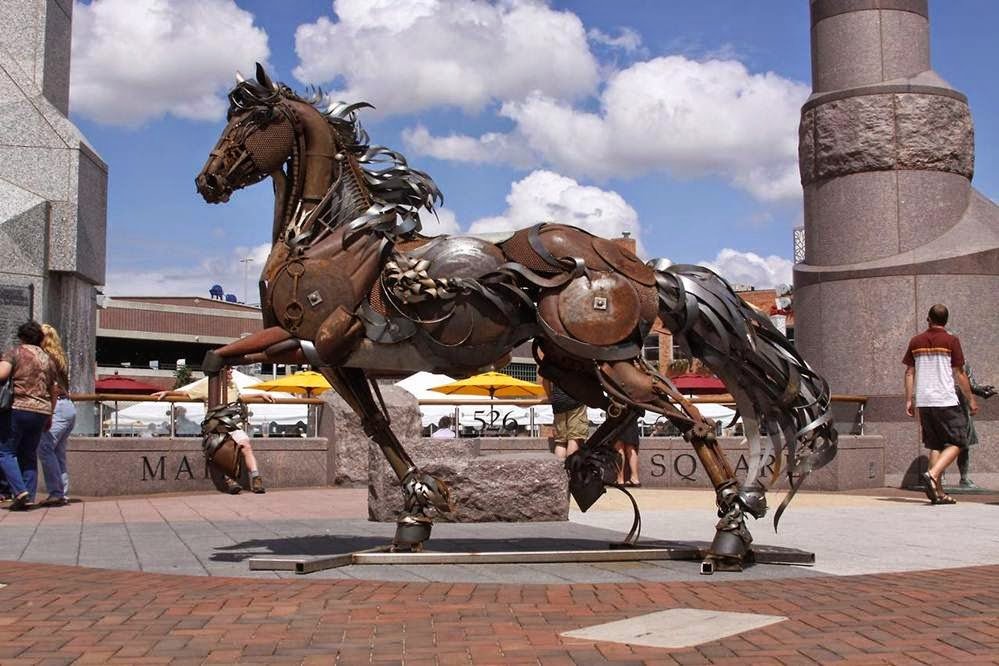Mail2Day: Iconic Scrap Metal | Animal Sculptures by John ...