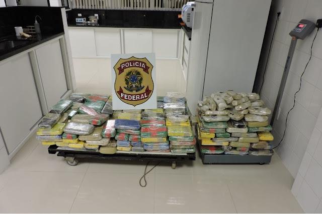 Quase 300 quilos de cocaína são apreendidos com motorista de Cacoal dentro de carreta em rodovia no Acre
