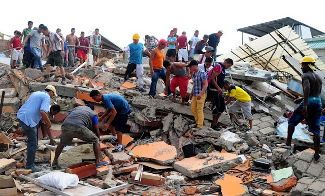 imagenes sismo ecuador