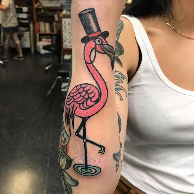 Tatuagens de flamingo para as mulheres