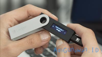 cara menggunakan Ledger Nano S