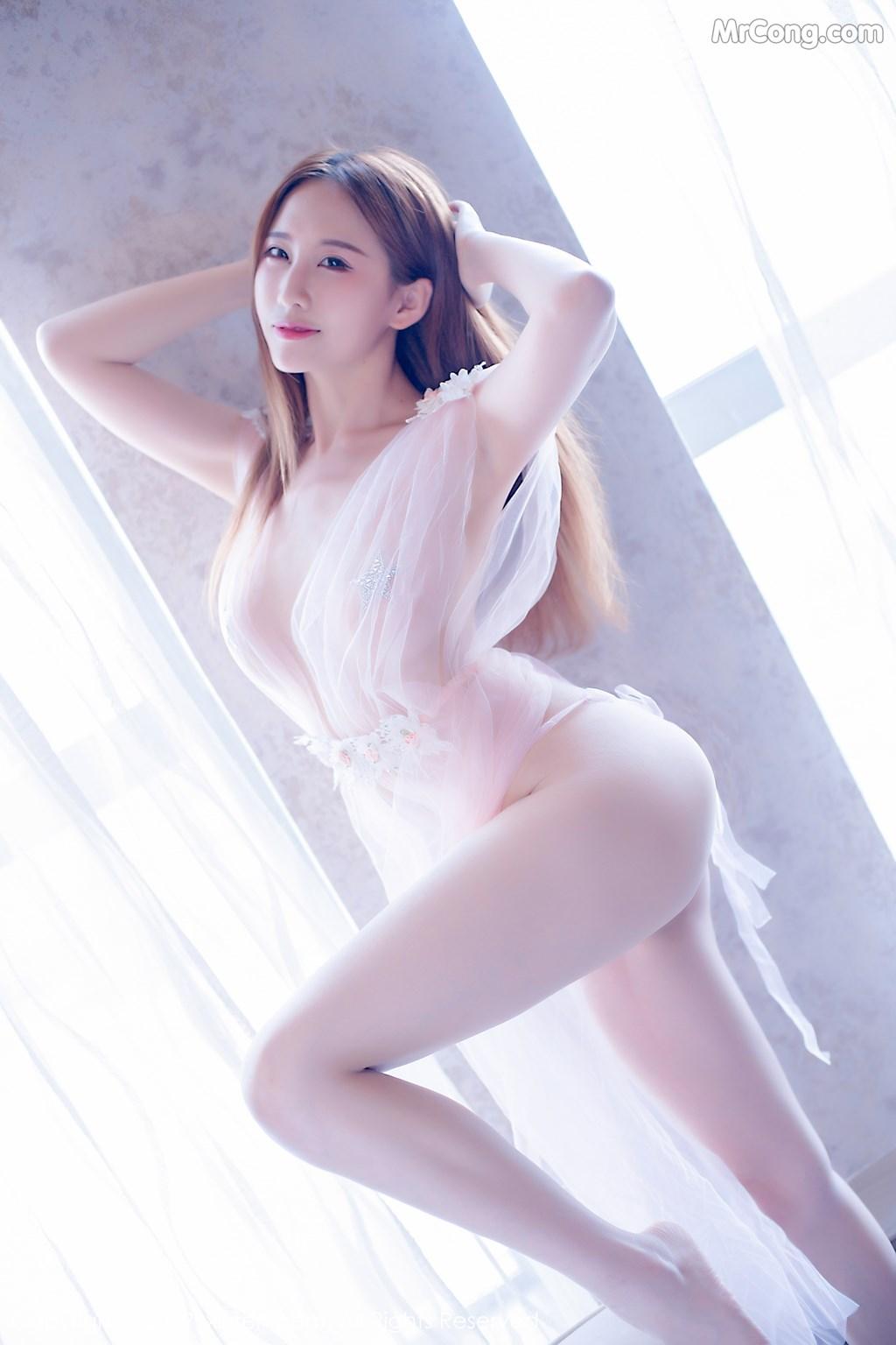 Image XIUREN-No.1643-Yue-Yin-Tong-MrCong.com-031 in post XIUREN No.1643: Yue Yin Tong (月音瞳) (50 ảnh)