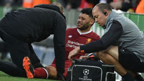 Alex Oxlade-Chamberlain  to miss most of the season