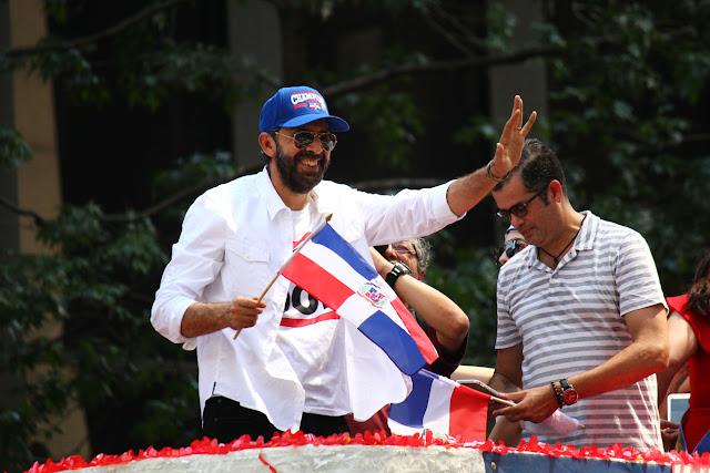 Juan Luis Guerra, es un cantante dominicano, compositor, compositor, y productor el gran marical del disfile dominicano de Manhattan, NY 2016