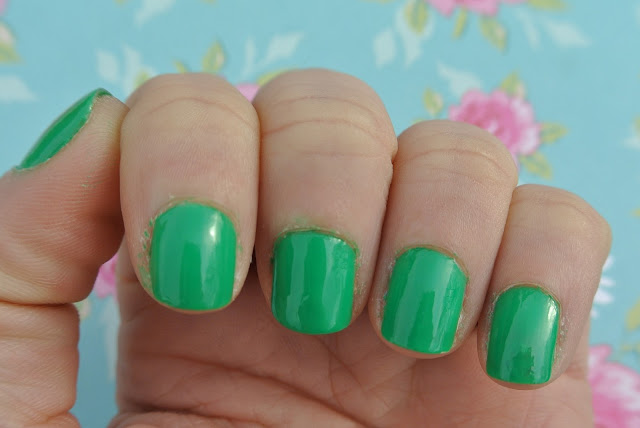 barry m nail paint 290 spring green