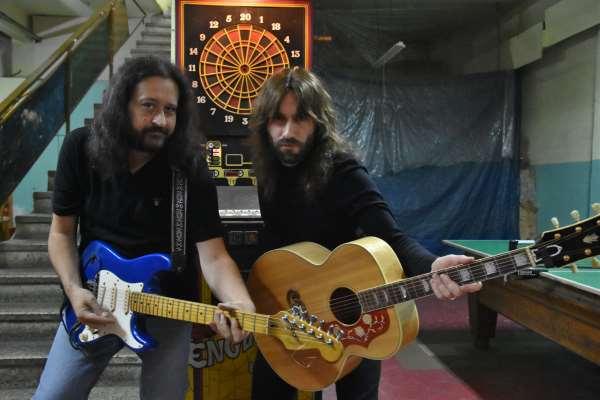 THE SKELTERS: Παρασκευή 8 Δεκεμβρίου unplugged στη Νάουσα