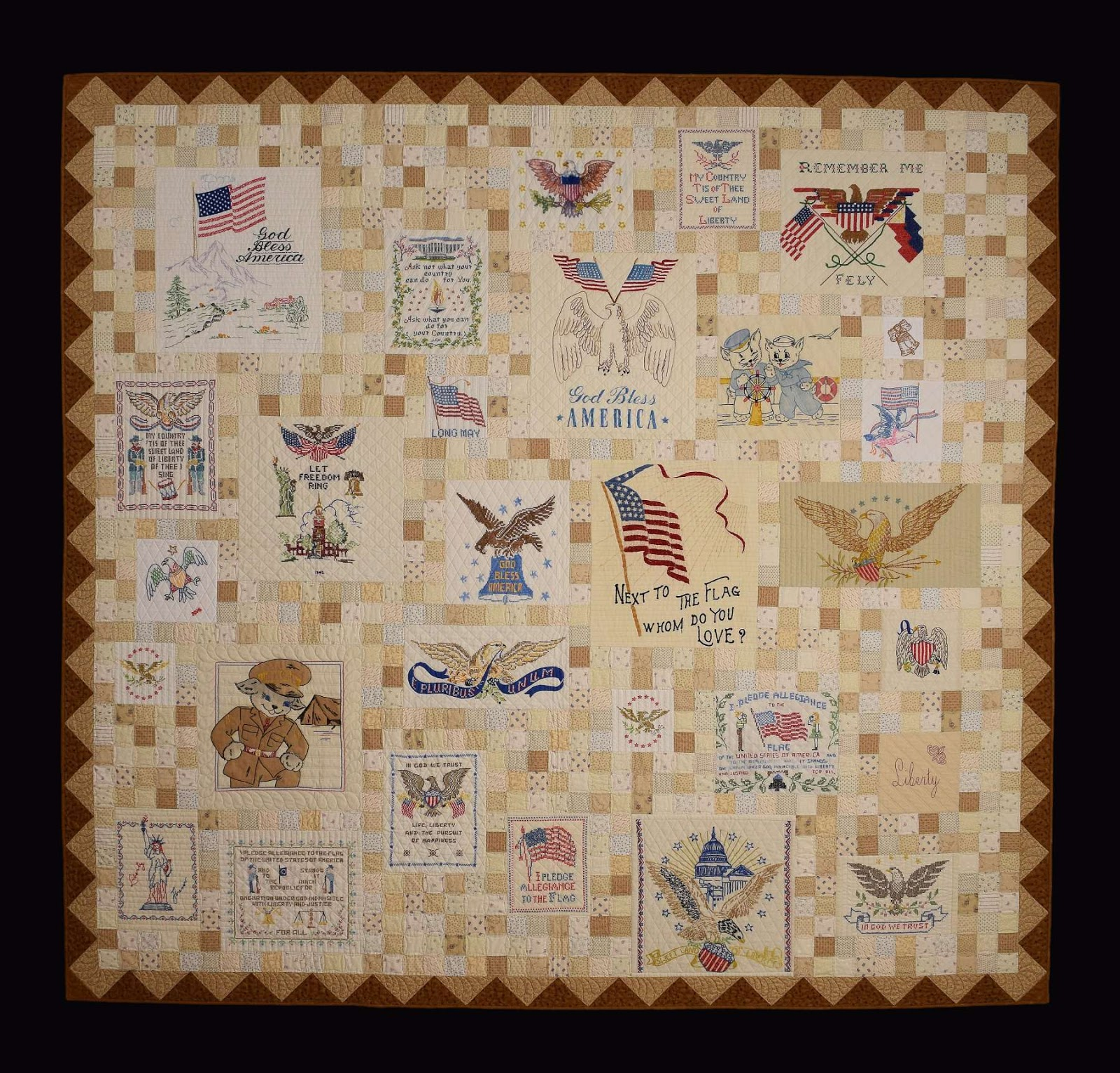 Quilts vintage and antique patriotic vintage linens for What to do with an old quilt
