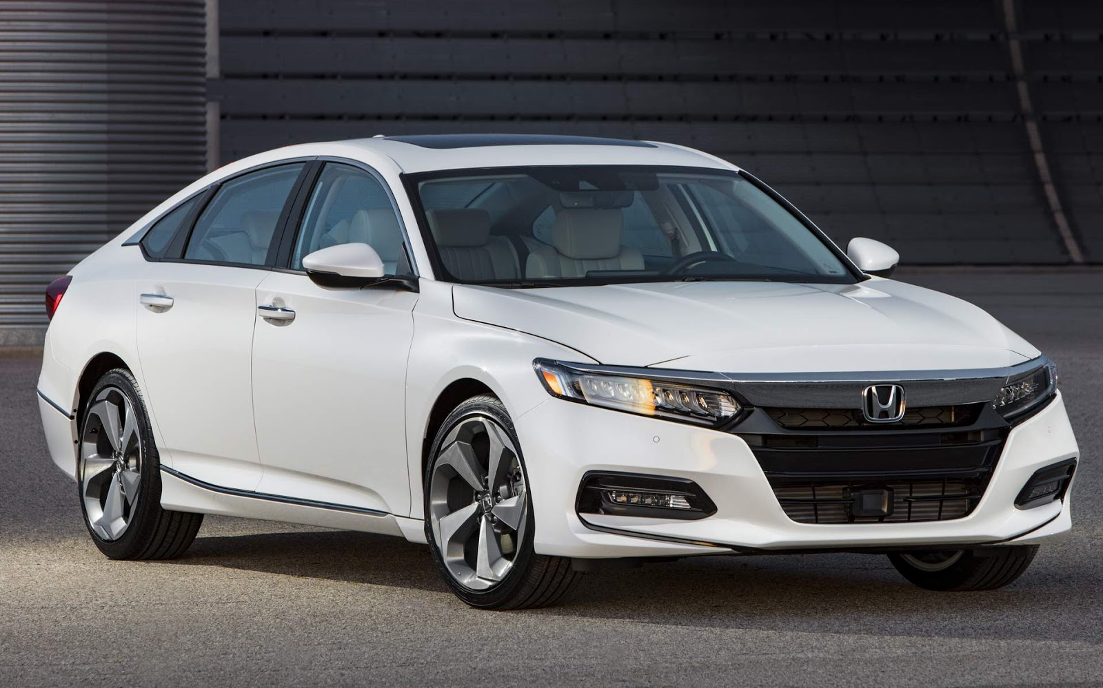 Novo honda accord 2018 fotos e especifica es oficiais for New honda accord 2018
