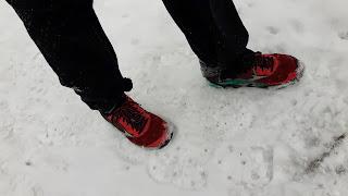 Neige, chaussures de trail Mizuno