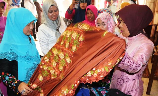 Istri Gubernur Sosialisasikan Peran LKKS di Pariaman