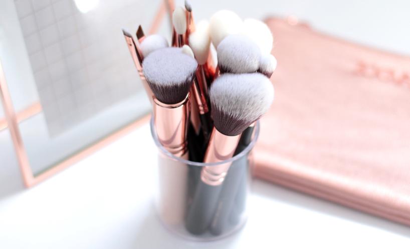 Zoeva Rose Golden Luxury Makeup Brushes