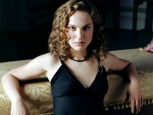 Watch Dwnload Natalie Portman Hot Sexy Wallpapers Latest Pics Of Natalie Portman Hollywood Actress Natalie Portman Sexy Photos Natalie Portman Unseen