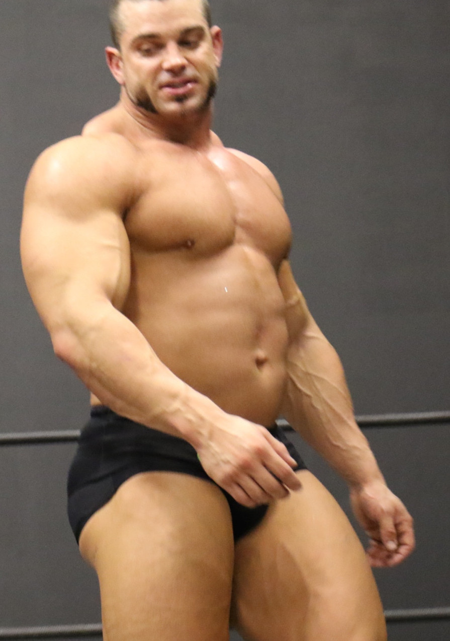 Sexy Muscle Wrestling 55