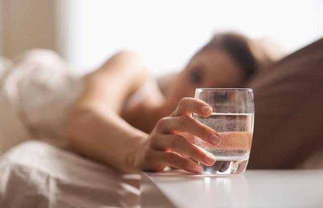 AJAIB...!!! Berjuta Manfaat meminum Air Putih di pagi hari saat perut belum terisi sama sekali...!