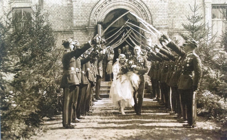 Ślub majora z I Pułku Ułanów Krechowieckich, 1928 r.