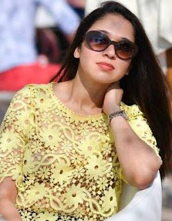 Amruta Khanvilkar Family Husband Parents children's Marriage Photos