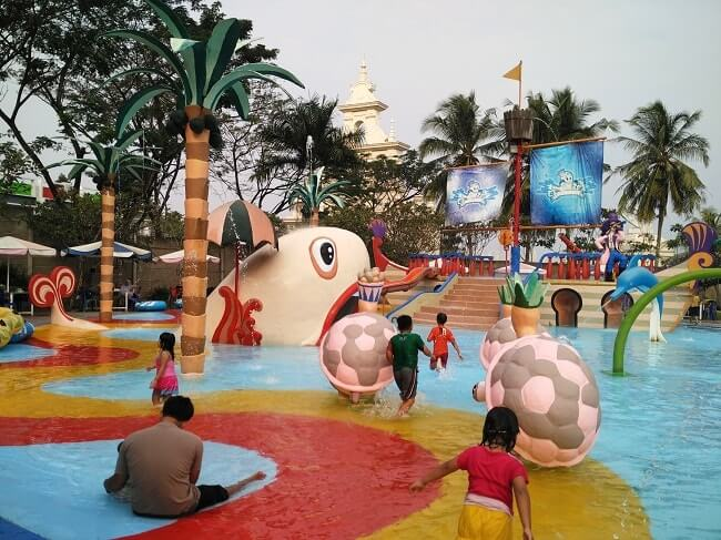 waterpark citragarden lampung