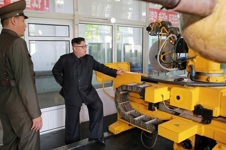 بيونج يانج تطور صاروخ باليستي عابر للقارات ليصل إلى نيويورك وواشنطن الأمريكية