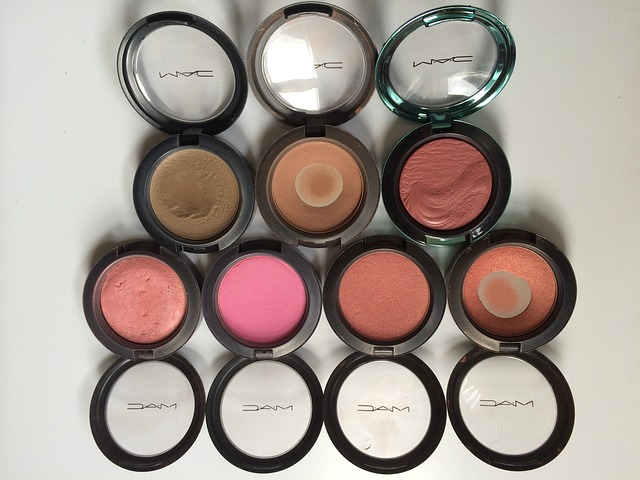 How to Use Your Blush to Change Face Shape