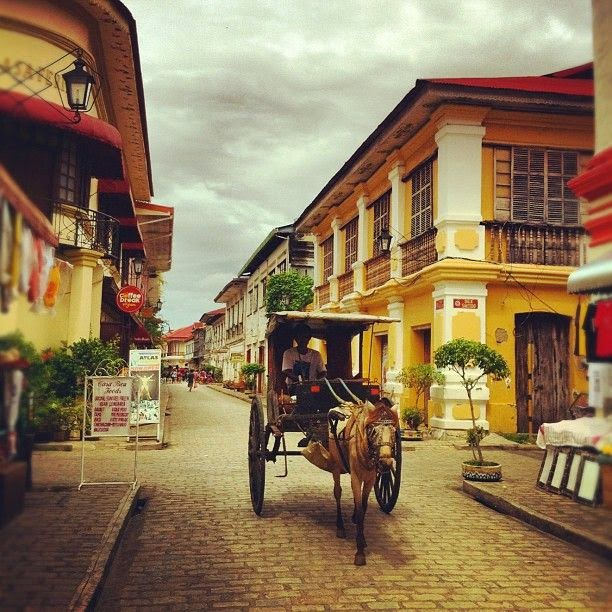 10 Most Famous Travel Destinations In Philippines | Vigan City, Philippines