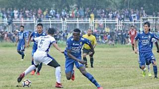 Persib Bandung vs Priangan Selection 4-0