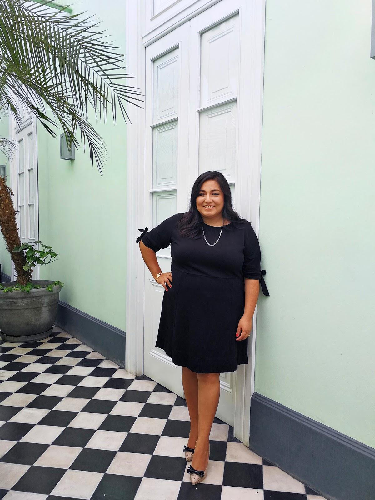 Black Dress - Look #HuaweiP10 #alexanderNeumann