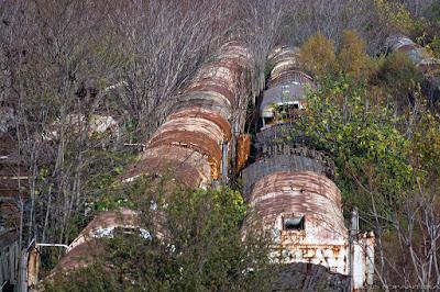 Image result for εγκαταλειμμενοι σταθμοι  τραινων