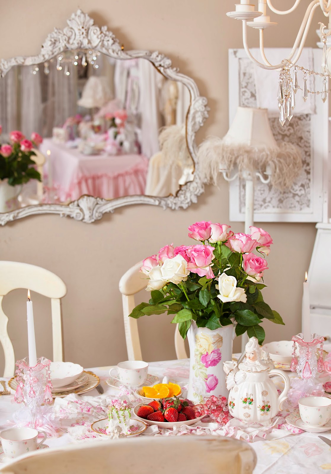 Shabby Chic And Eclectic Decorating Living Room: Olivia's Romantic Home: Shabby Chic Dining Room