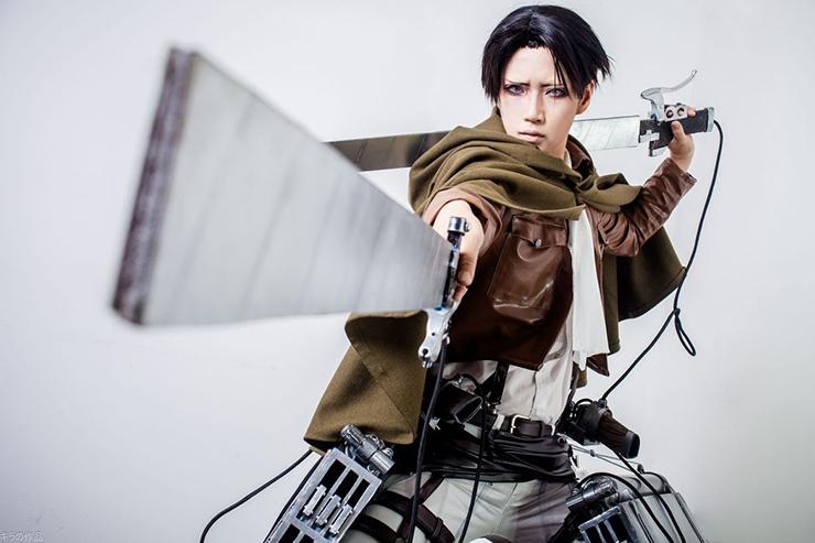 levi rivaille shingeki no kyojin cosplay by reika