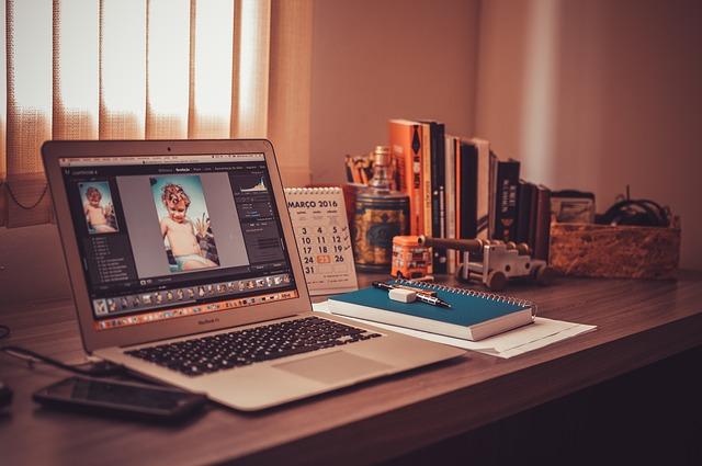 Tip menata ruang kerja di rumah