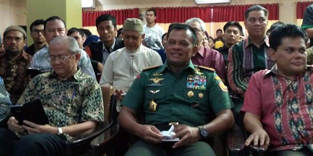 Survei Alvara: Jokowi-Gatot kalahkan Prabowo-Anies