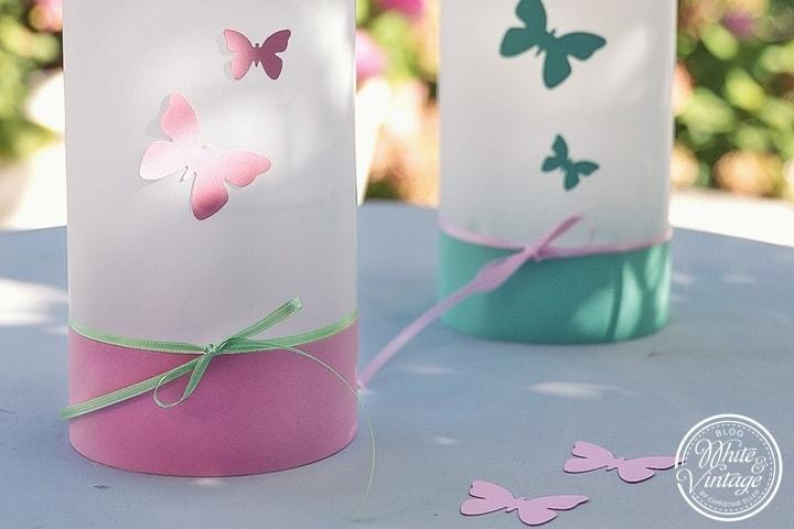 Windlichter mit Schmetterlingen für den Frühling basteln.