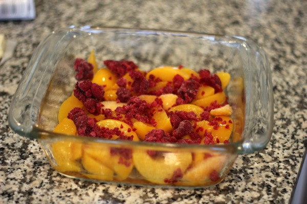 4-Ingredient Raspberry Peach Crumble