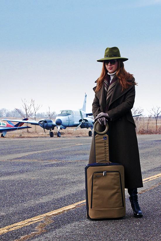 luxury smart luggage bag