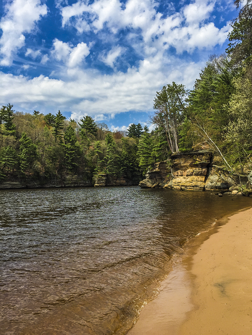 Wisconsin Explorer Hiking At The Dells Of The Wisconsin Sna